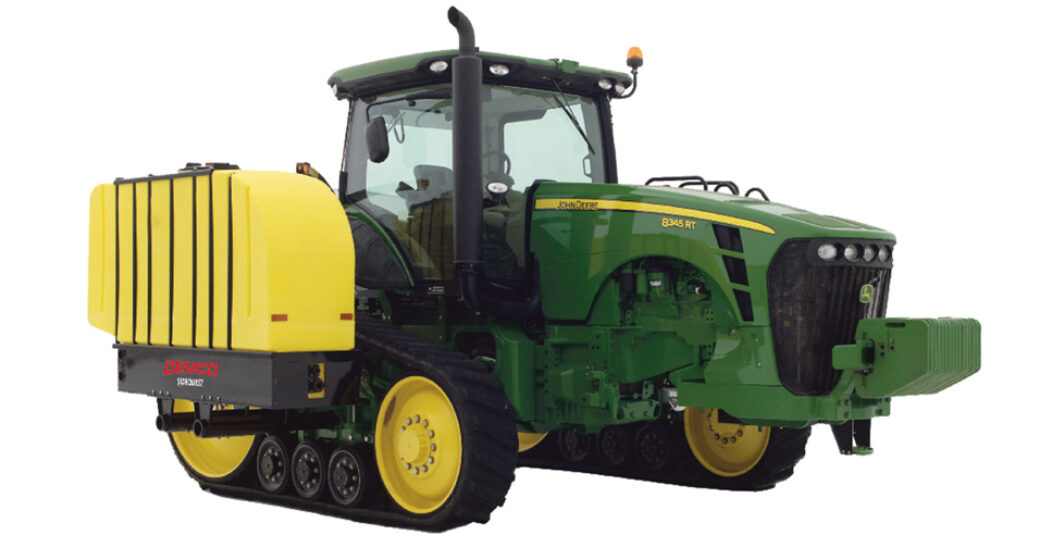700 gallon fertilizer tanks on green tractor with tracks