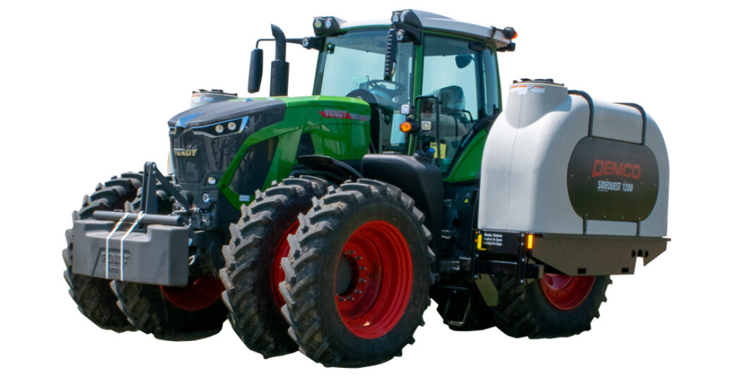 1200 Gallon Sidequest tanks for Fendt tractor