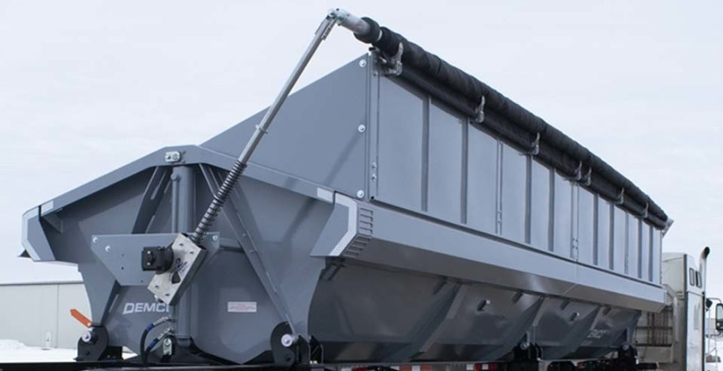 Side Dump trailer with high capacity kit